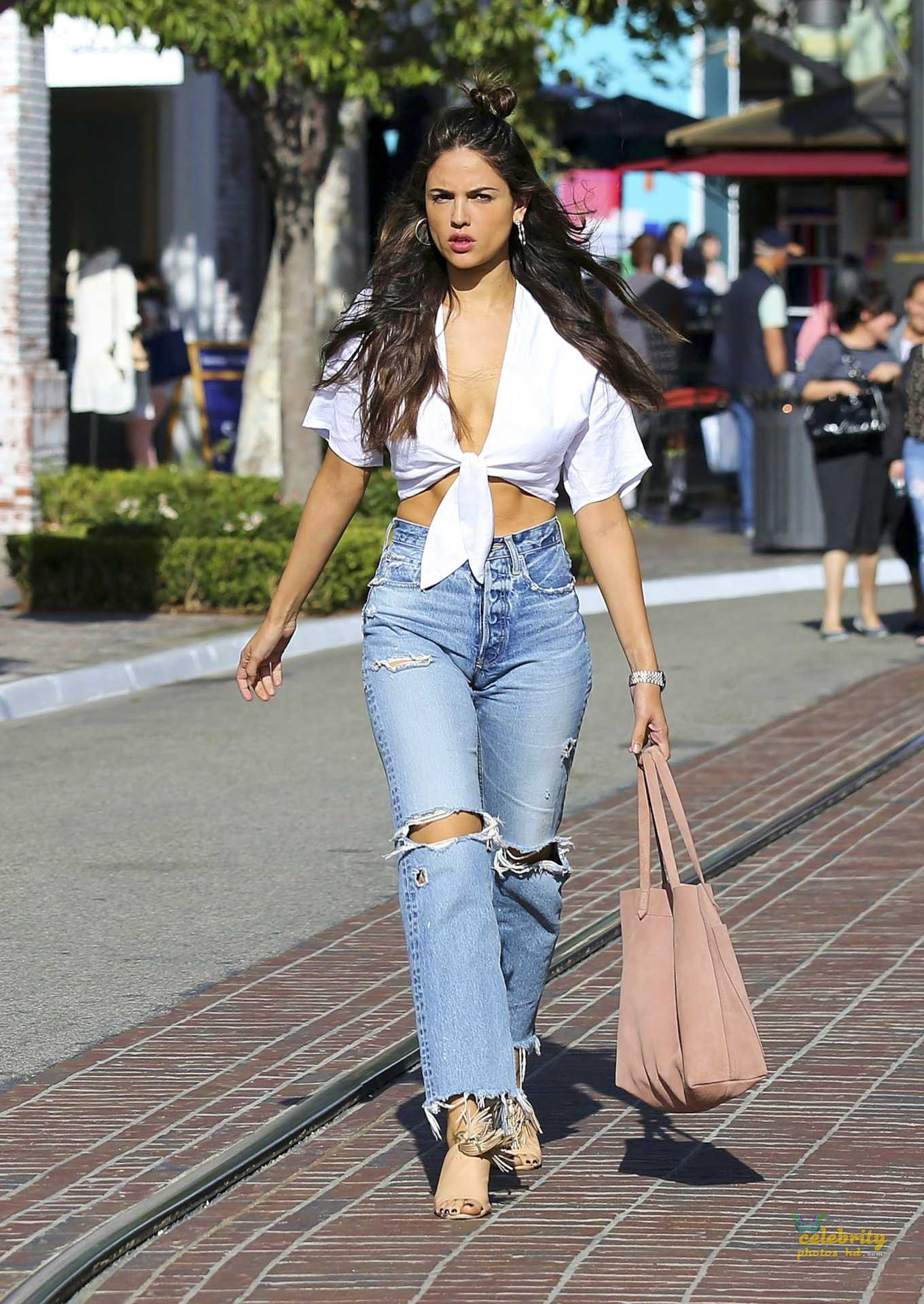 Hollywood Top Actress Eiza González New Photo (4)