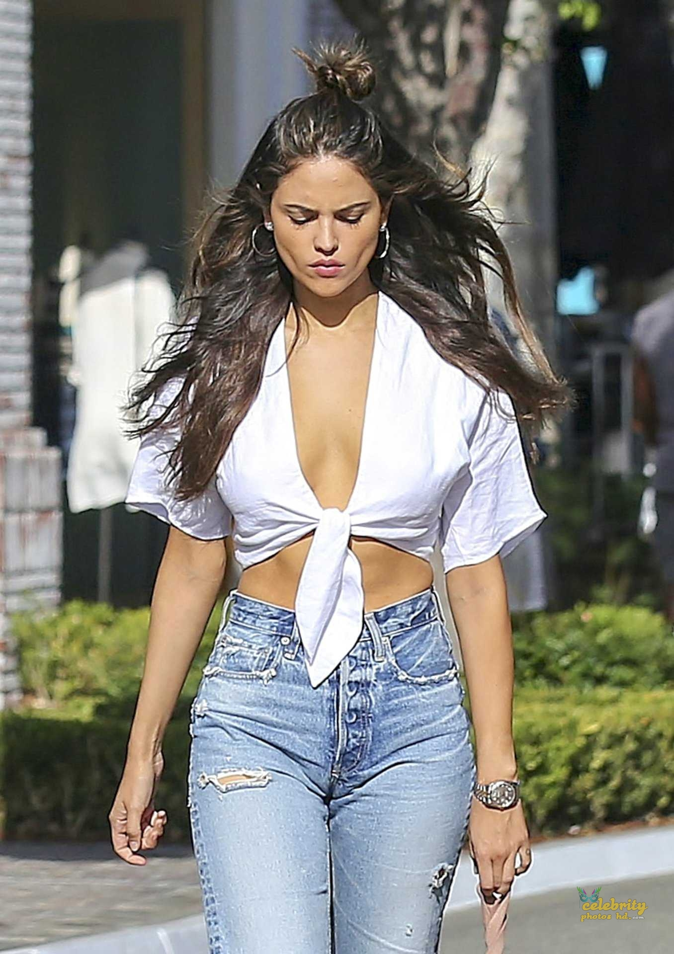 Hollywood Top Actress Eiza González New Photo (6)