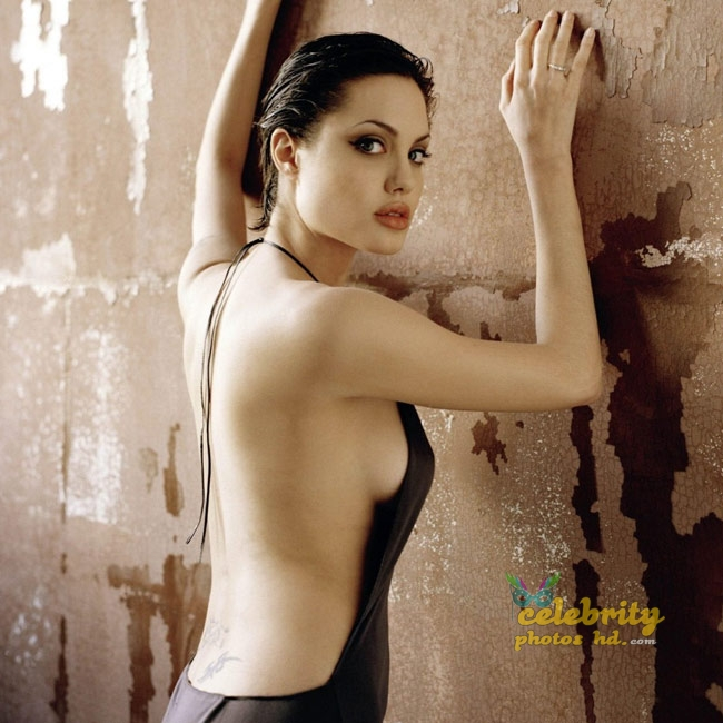 Hollywood Unseen Angelina Jolie New Photo (1)