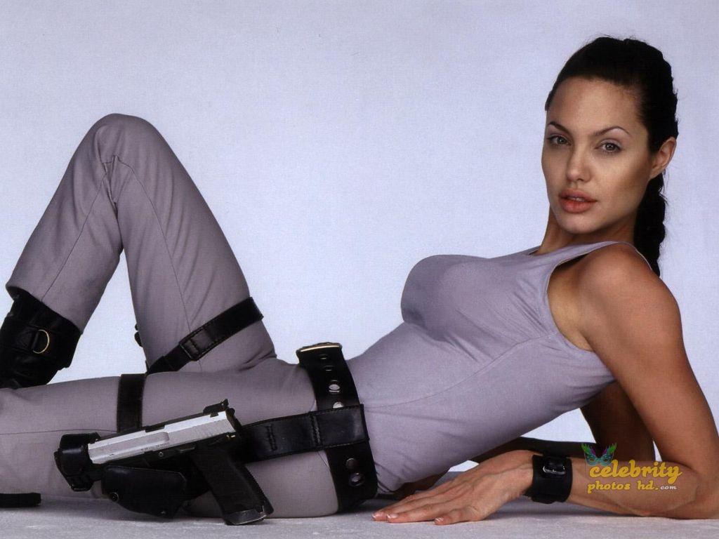Hollywood Unseen Angelina Jolie New Photo (3)