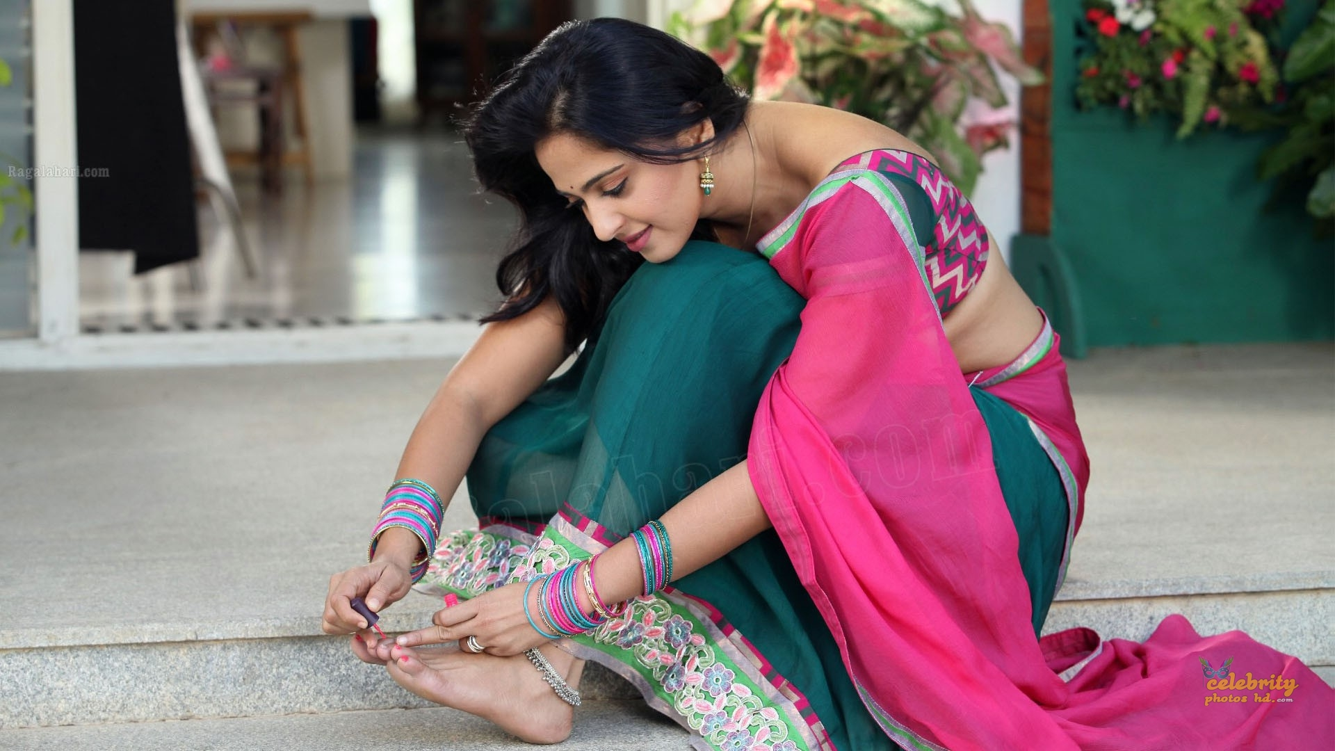 Hottes Actress Anushka Shetty (4)