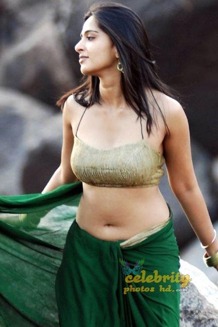 Hottest Actress Anushka Shetty (4)