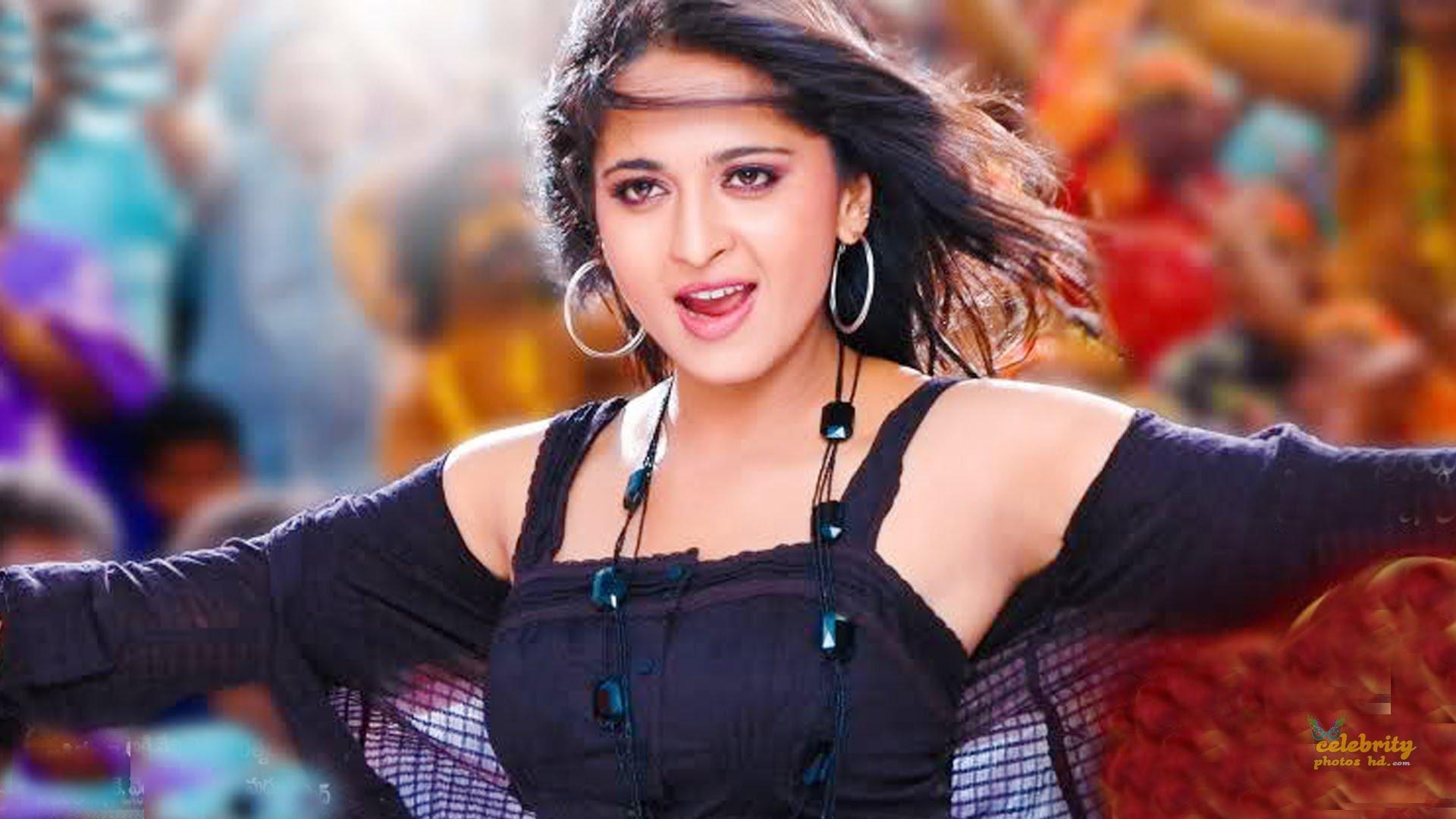 Hottest Actress Anushka Shetty (6)