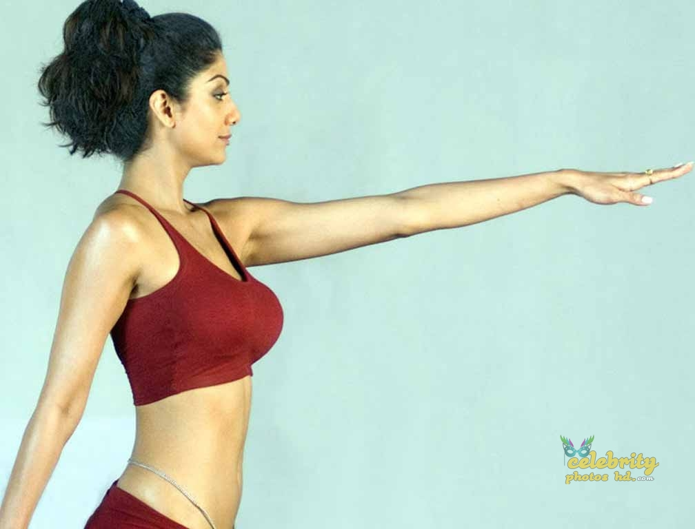 Indian Exclusive Hot Actress Shilpa Shetty Photo's (6)