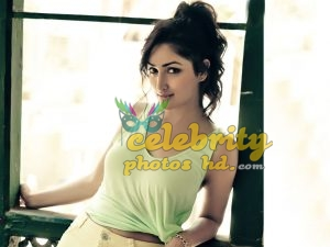 Indian Spicy Actress Yami Gautam (4)