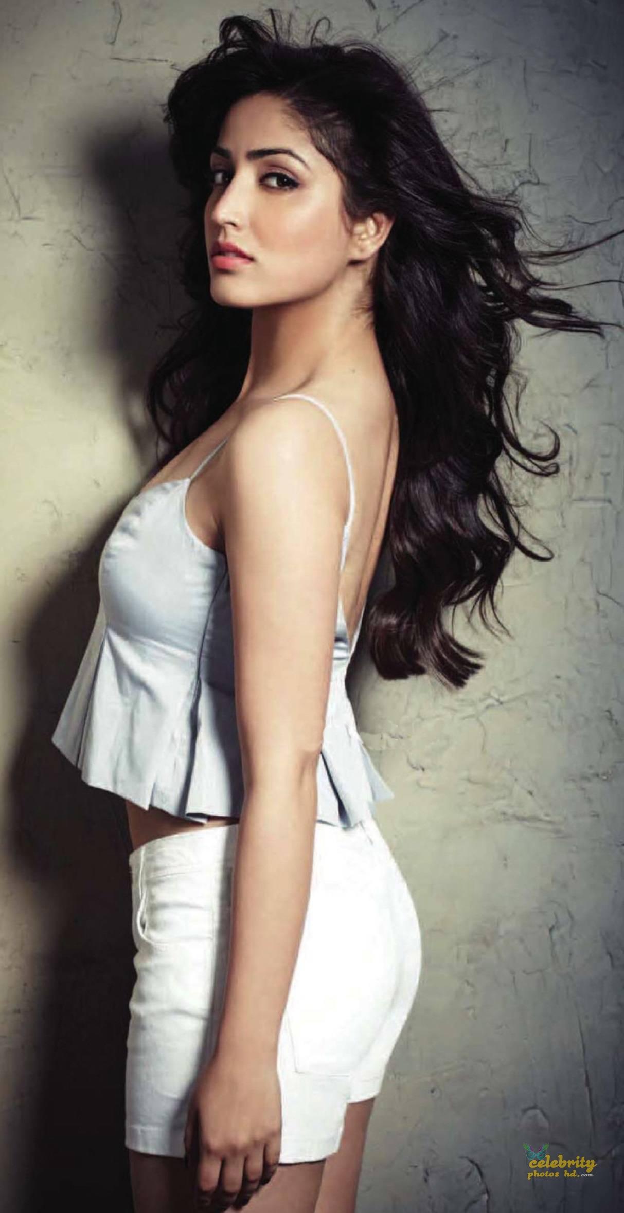 Indian Spicy Actress Yami Gautam (6)