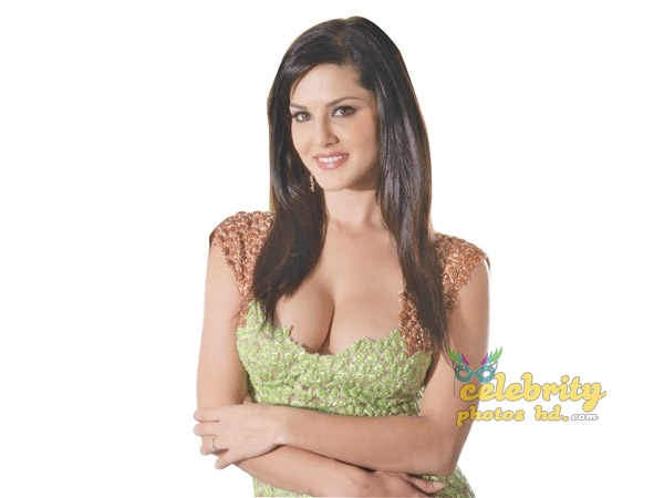 Indian Super Hot Bikini Model, Actress Sunny Leone Photo (3)