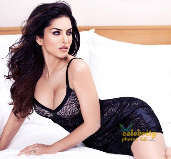 Indian Top Hot Model Actress Sunny Leone (3)