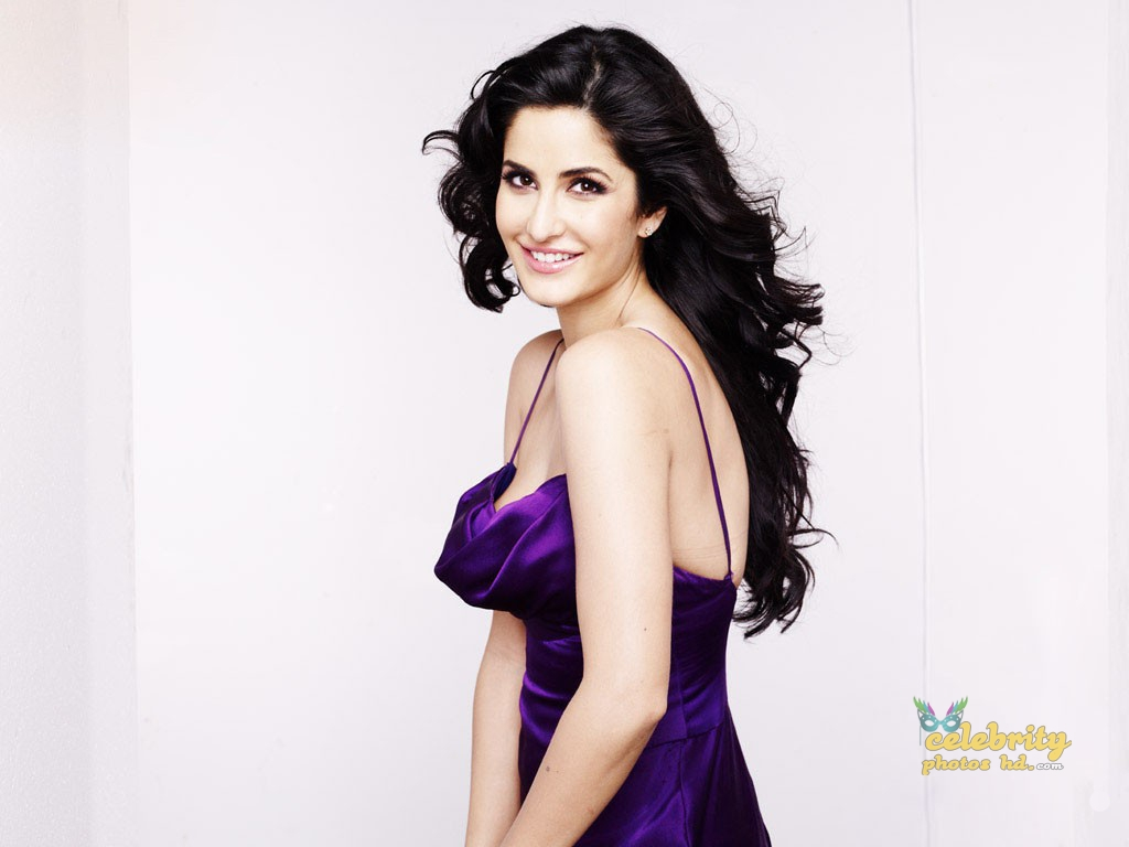 Indian Super Hottest Spicy Actress Katrina Kaif New Photo (1)