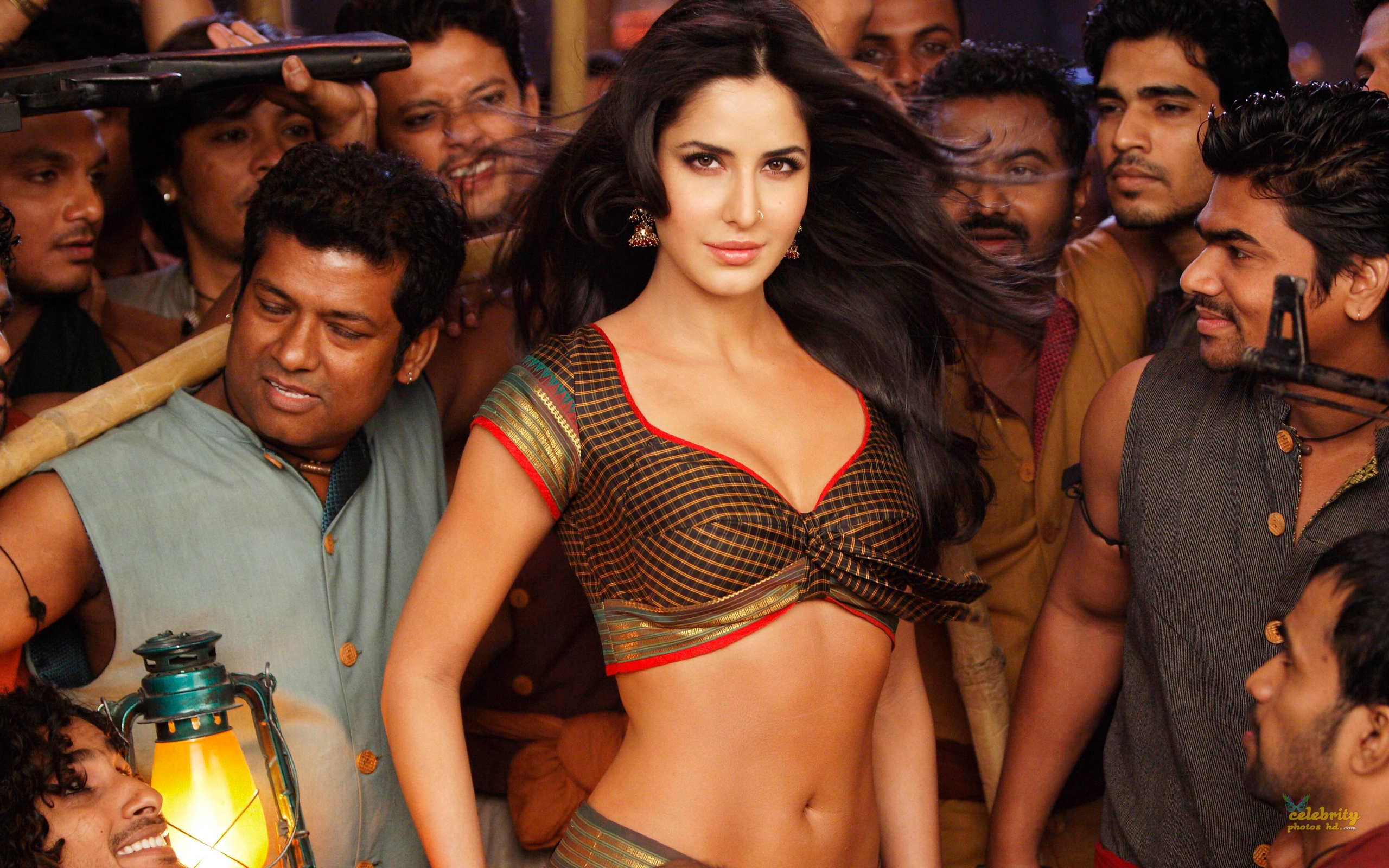 Indian Super Hottest Spicy Actress Katrina Kaif New Photo (5)