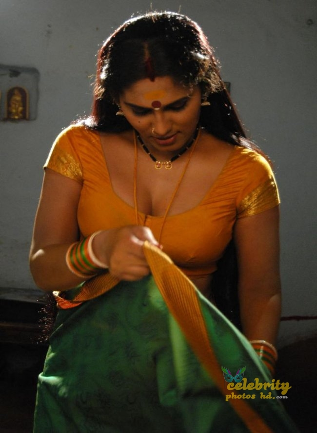 South Indian Hot Spicy Actress Shyamala Devi (1)