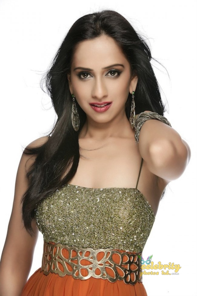 South Indian Hottest Model Monali Sehgal (7)