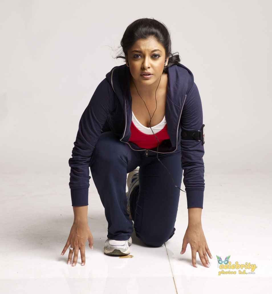 Tanushree Dutta Hot Photo (4)