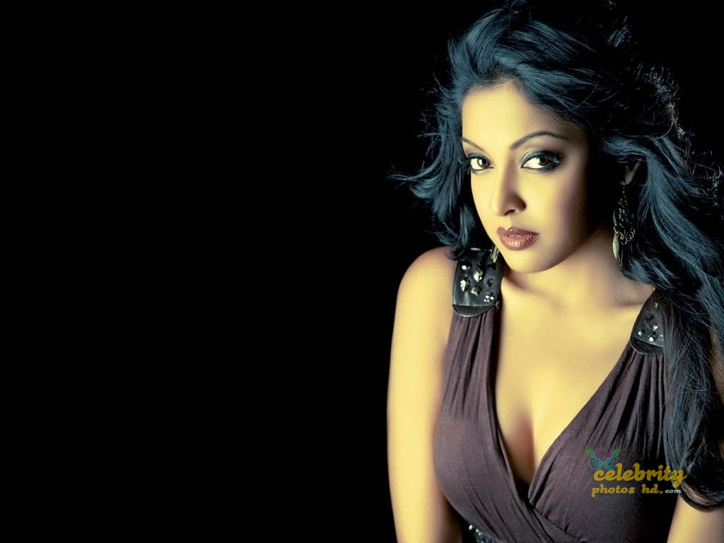 Tanushree Dutta Hot Photo (5)