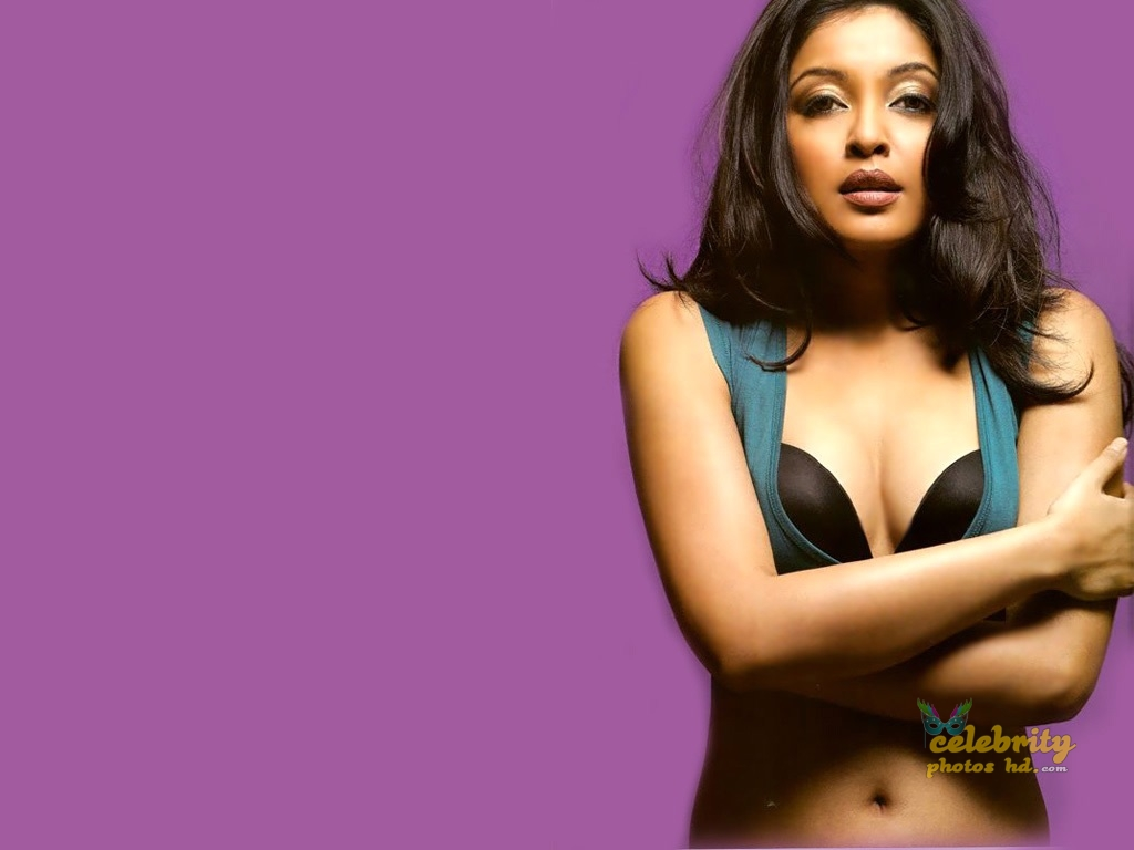 Tanushree Dutta Hot Photo (6)