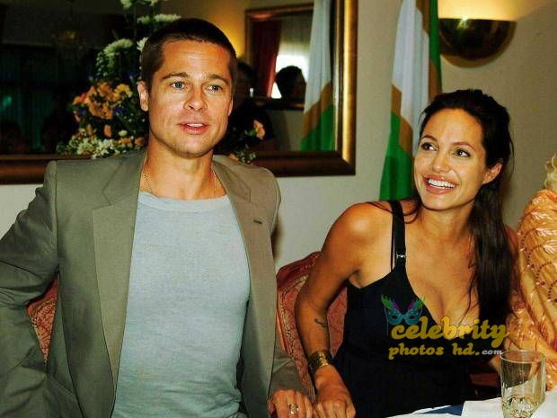 ANGELINA JOLIE Unseen Photo's (1)