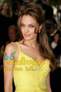 ANGELINA JOLIE Unseen Photo's (3)
