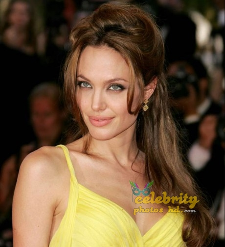 ANGELINA JOLIE Unseen Photo's (4)