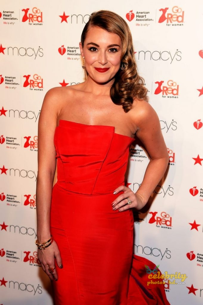Alexa Vega Top Unseen Hot Photo (3)