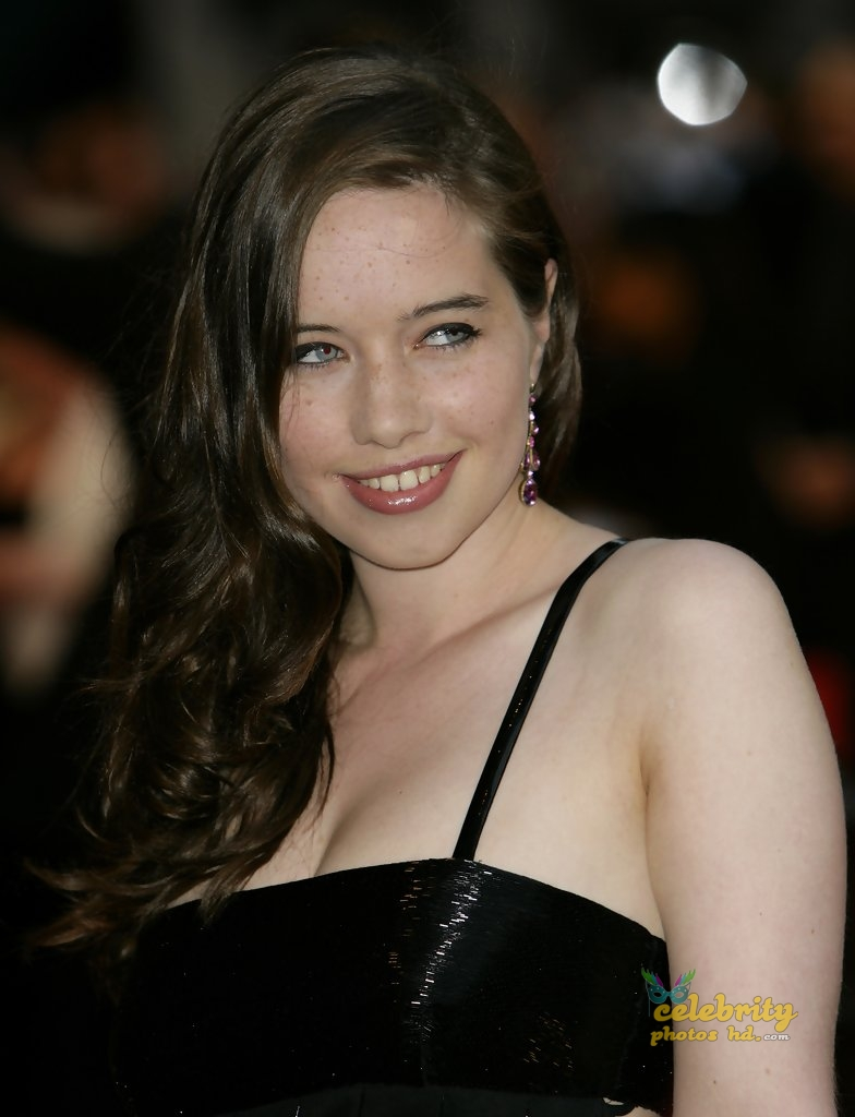 Anna Popplewell Photo of The Duchess UK Film Premiere (1)