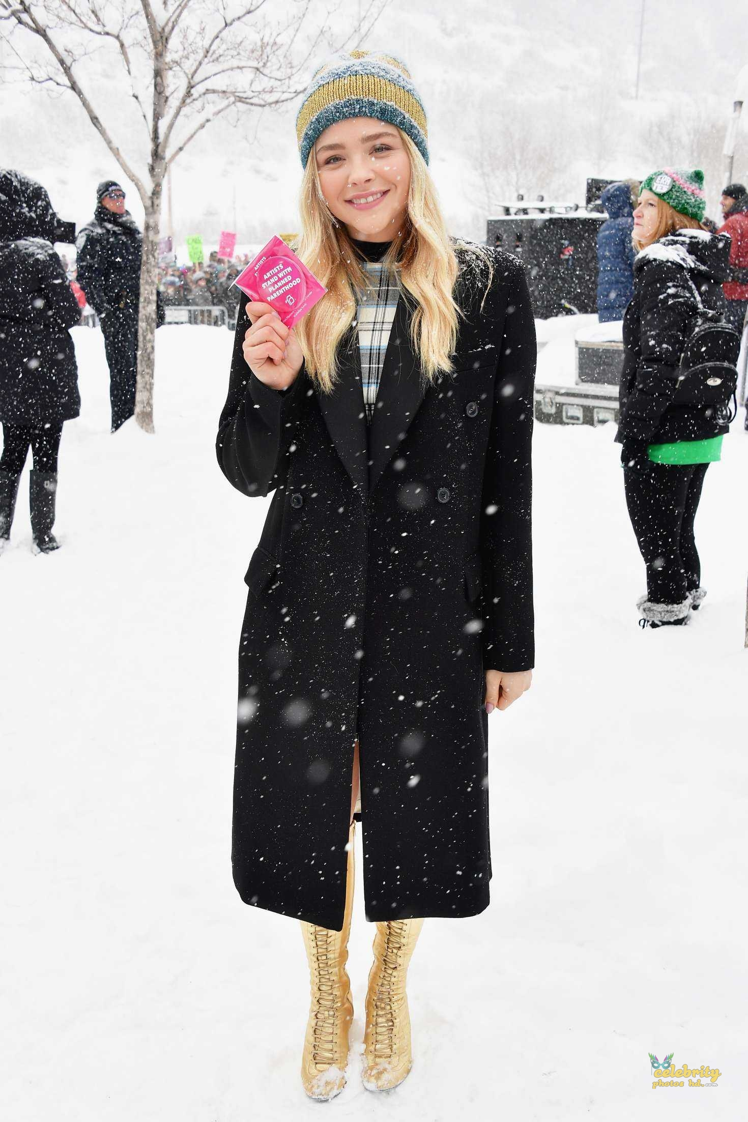Chloe Moretz at Respect Rally while its Snowing in Park City (3)