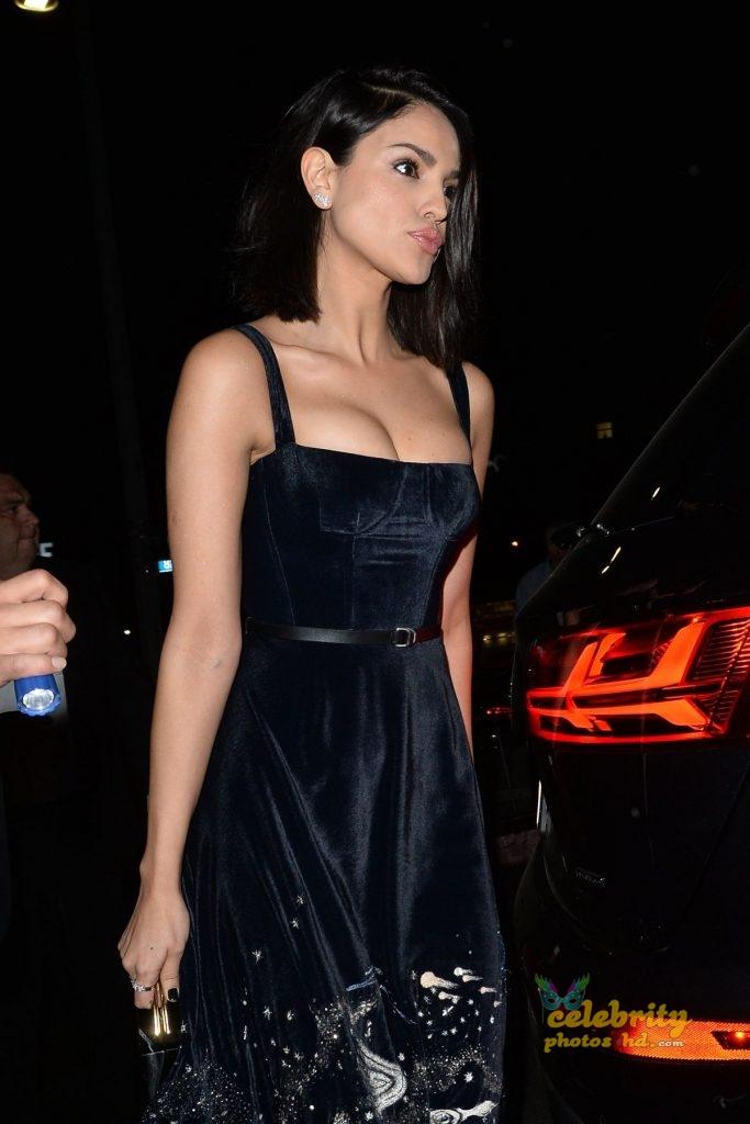 Eiza Gonzalez Candids in Torn Jeans in Los Angeles Photo (5)