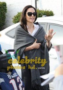 Hollywood Actress Angelina Jolie (2)