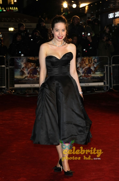 Hollywood Cute Actress ANNA POPPLEWELL (4)