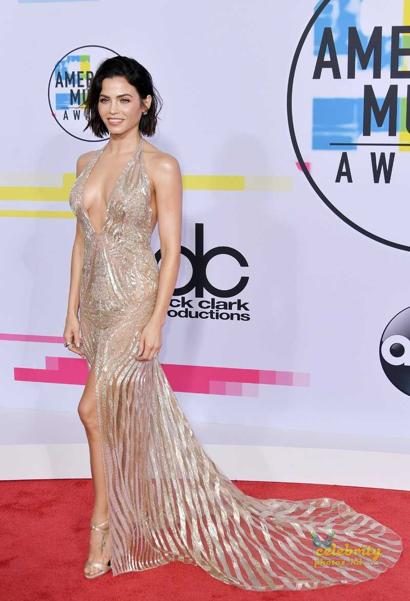 Jenna Dewan-Tatum at 2017 American Music Awards in LA (6)