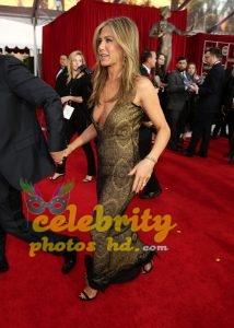 Jennifer Aniston at 21st Annual Screen Actors Guild Awards in LA (4)