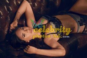 Megan Fox in Fredericks's of Hollywood Lingerie Photoshoot (4)