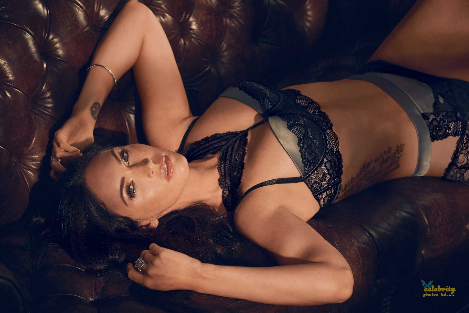 Megan Fox in Fredericks's of Hollywood Lingerie Photoshoot (4)