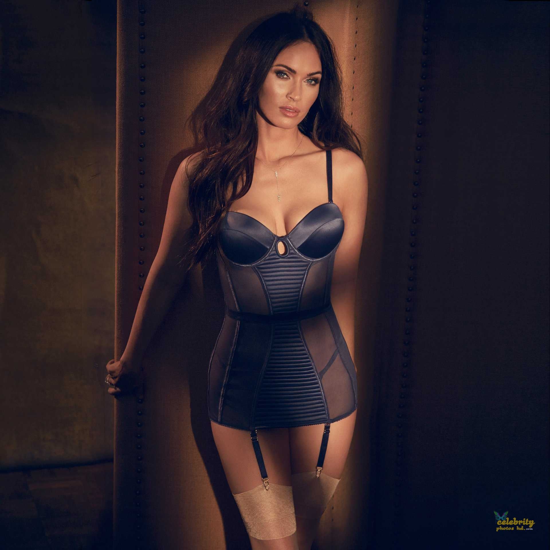 Megan Fox in Fredericks's of Hollywood Lingerie Photoshoot (5)
