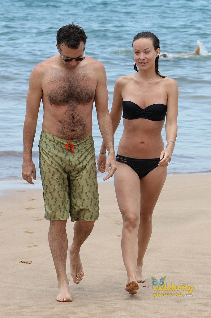 Olivia Wilde Bikini Pictures Kissing Jason Sudeikis Hawaii (4)