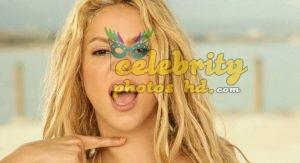 Shakira Loca Song Performance Photot's (3)