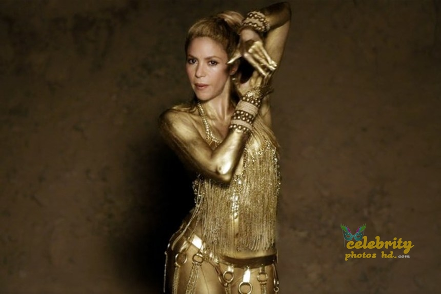 Shakira Perro Fiel Video Gold Body Paint (3)