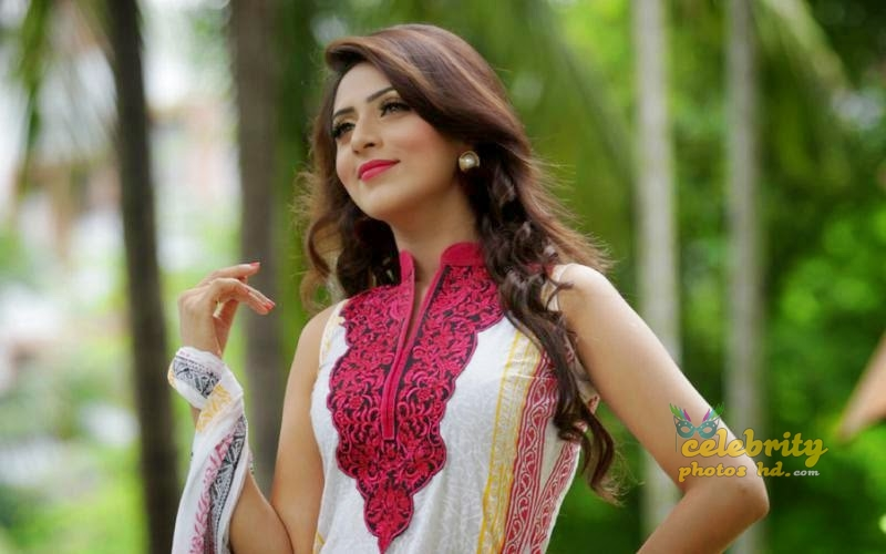 Bangladeshi Super Model Bidya Sinha Mim (4)