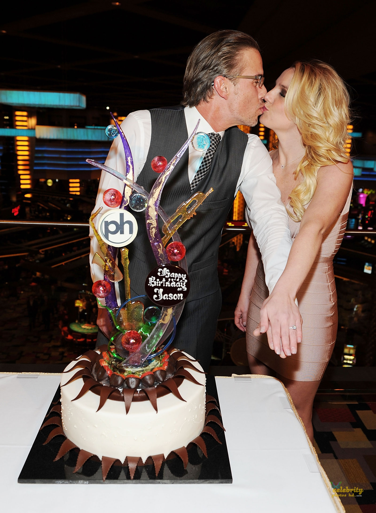 Britney Spears Celebrates Engagement at Planet Hollywood in Las Vegas(1)