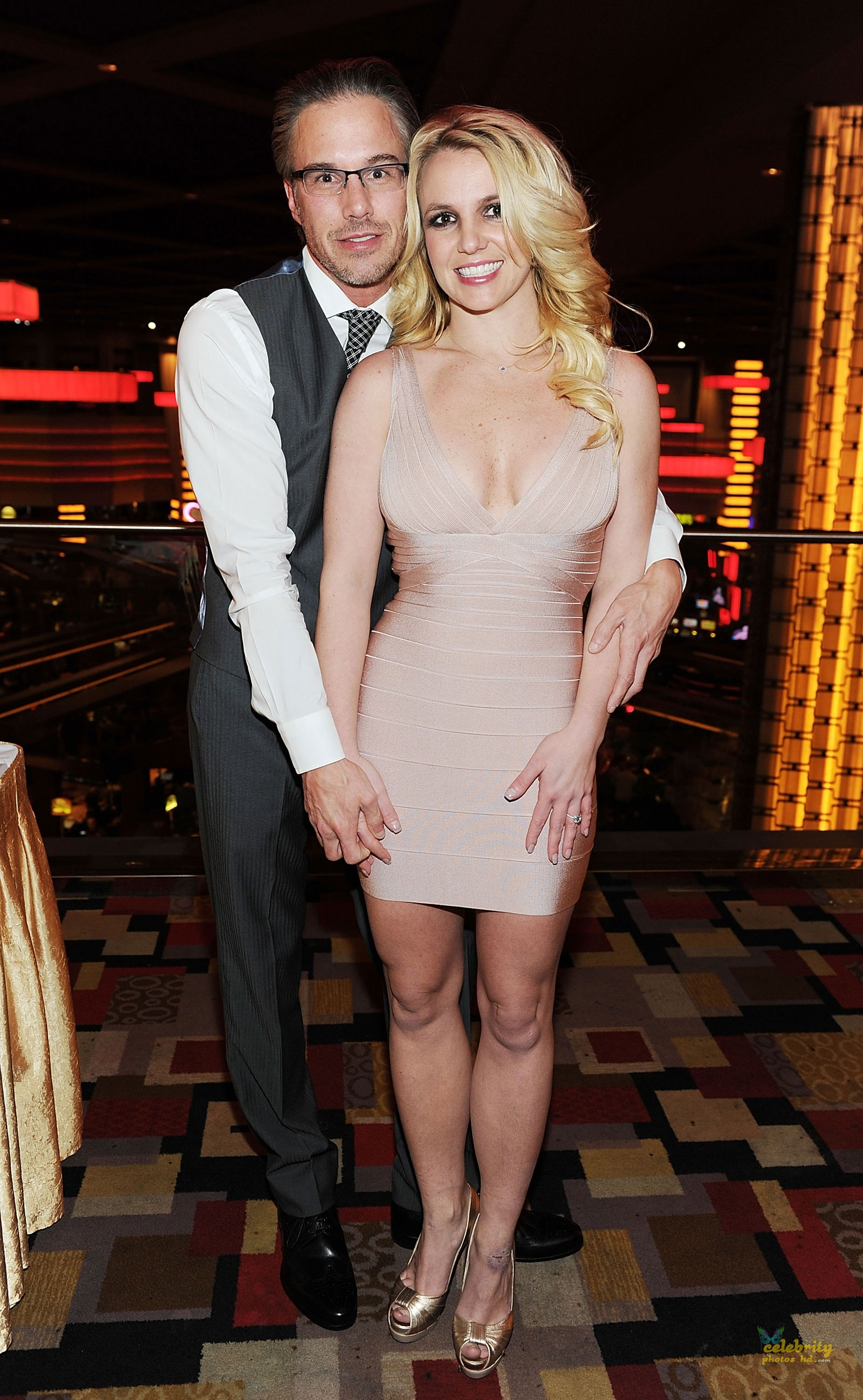 Britney Spears Celebrates Engagement at Planet Hollywood in Las Vegas(2)