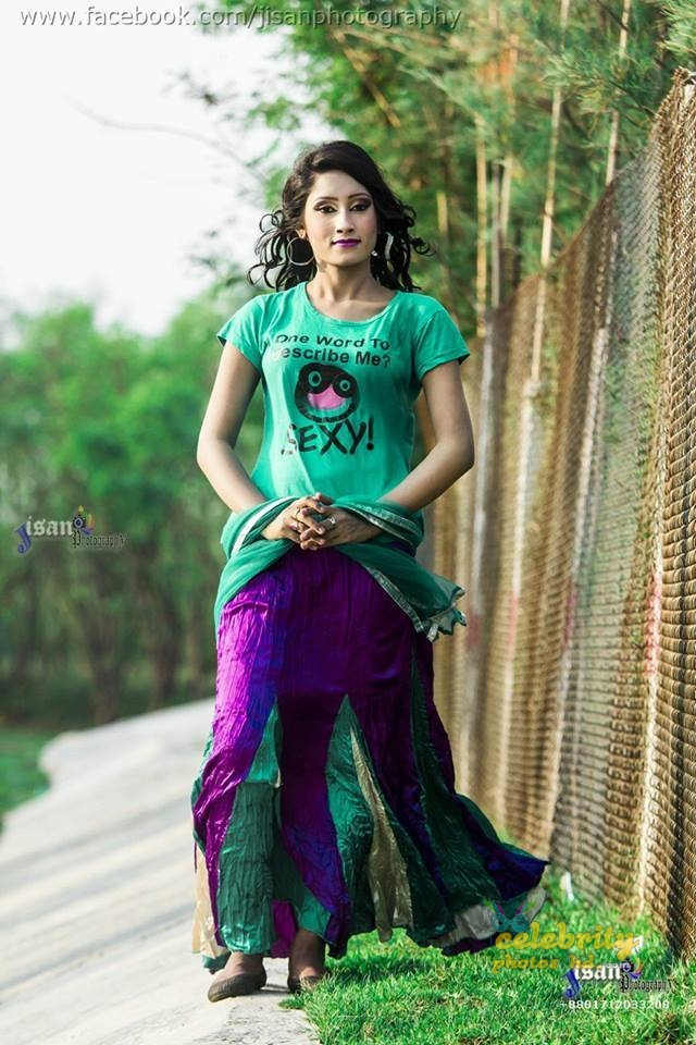 Dhallywood Hot Model Jacqueline Mithila (2)