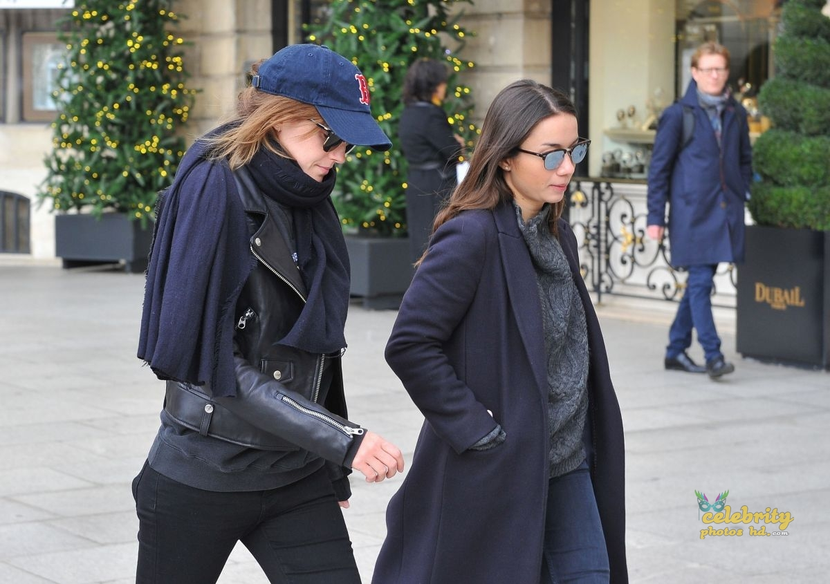 EMMA WATSON Out and About in Paris (3)