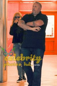 JENNIFER ANISTON Out Shopping in Los Angeles photo's (4)