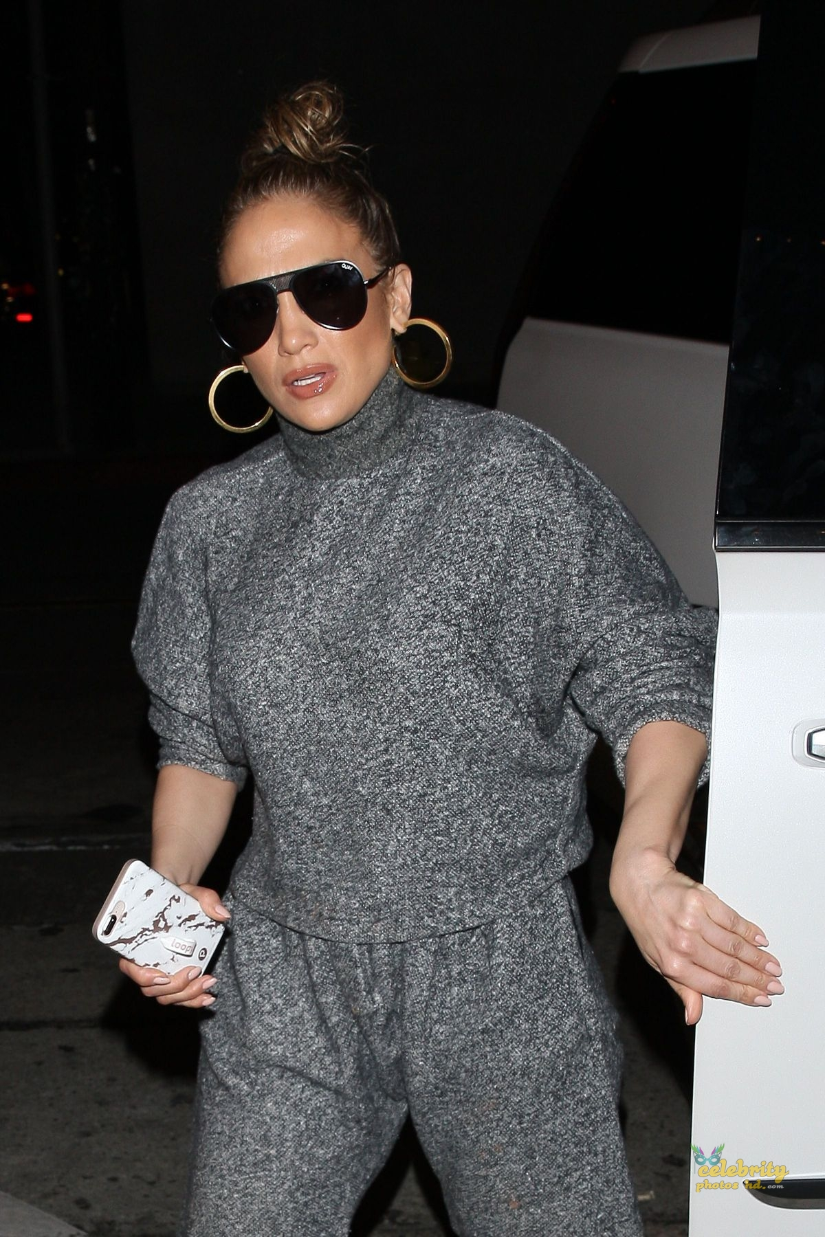 JENNIFER LOPEZ Out for Dinner at Craig's in West Hollywood (1)