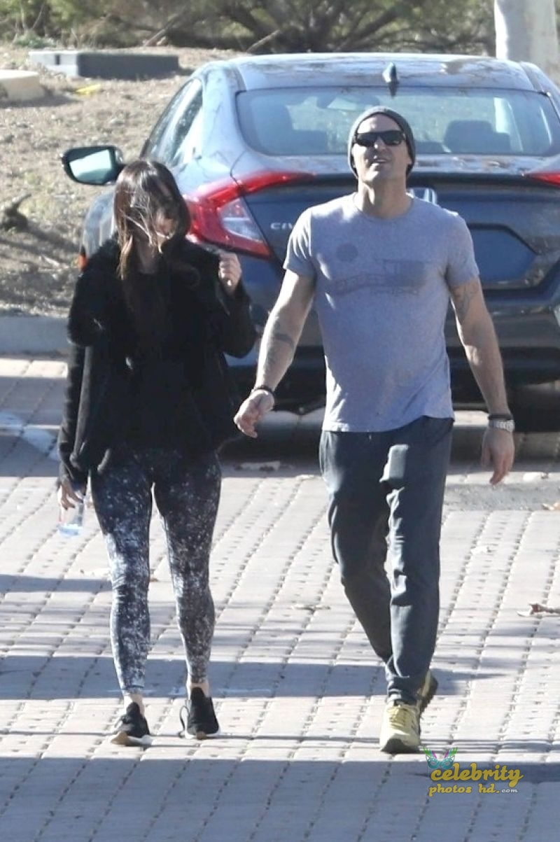 MEGAN FOX and Brian Austin Green Arrives at Malibu Country Mart (4)