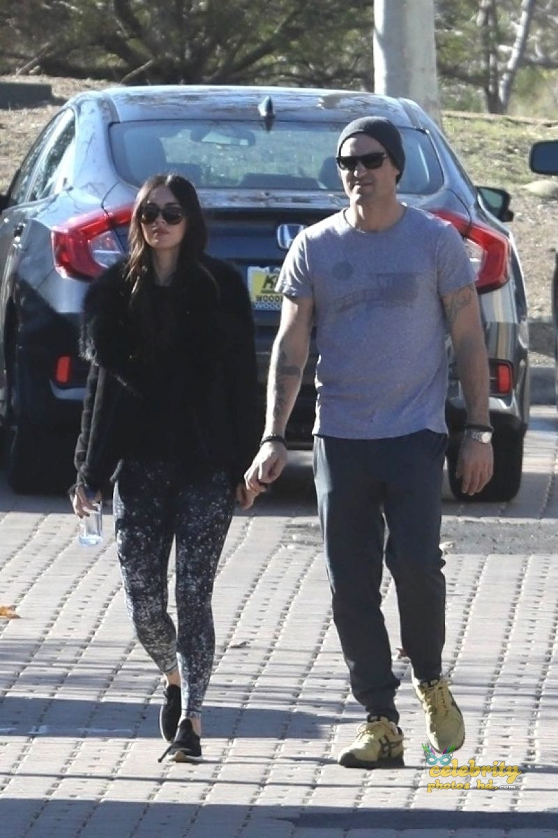 MEGAN FOX and Brian Austin Green Arrives at Malibu Country Mart (5)