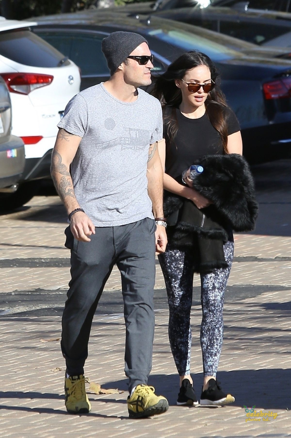 MEGAN FOX and Brian Austin Green Arrives at Malibu Country Mart (6)
