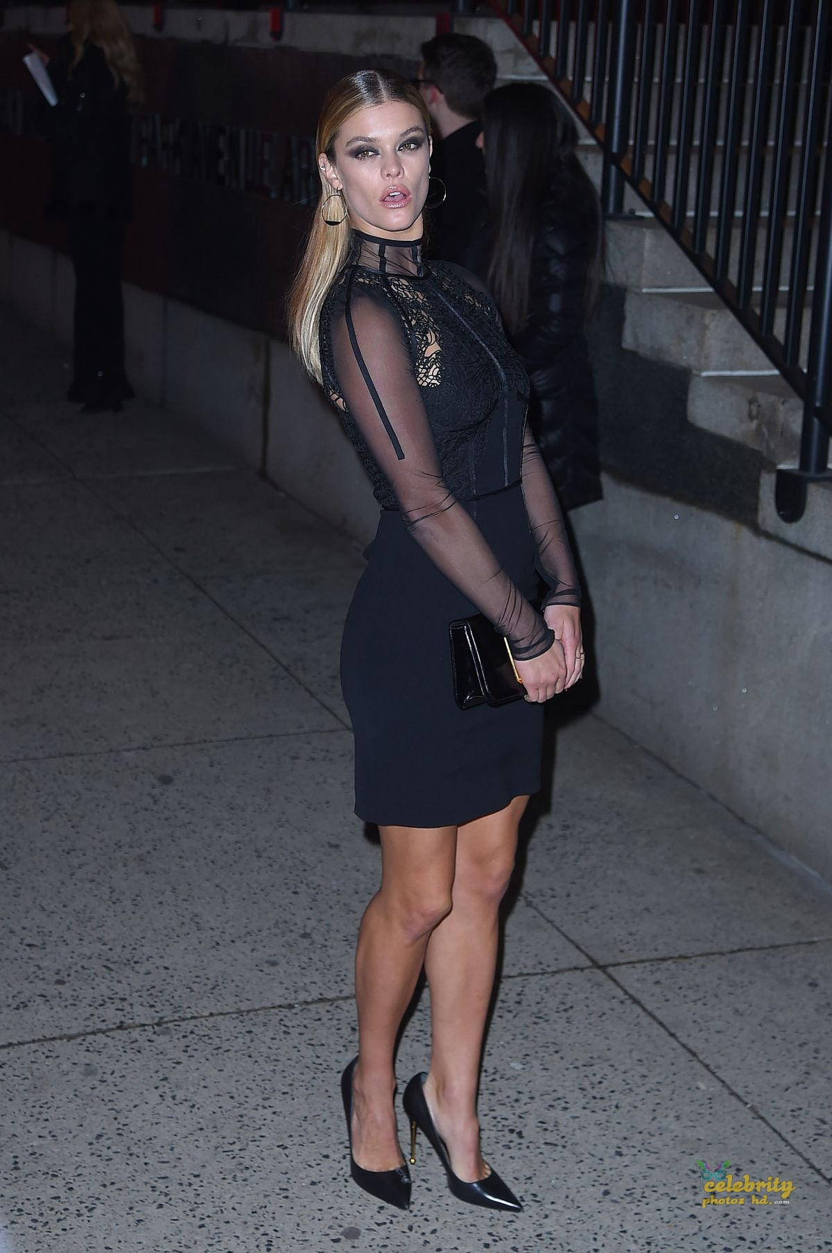 NINA AGDAL Arrives at Tom Ford Fashion Show at New York Fashion Week (4)