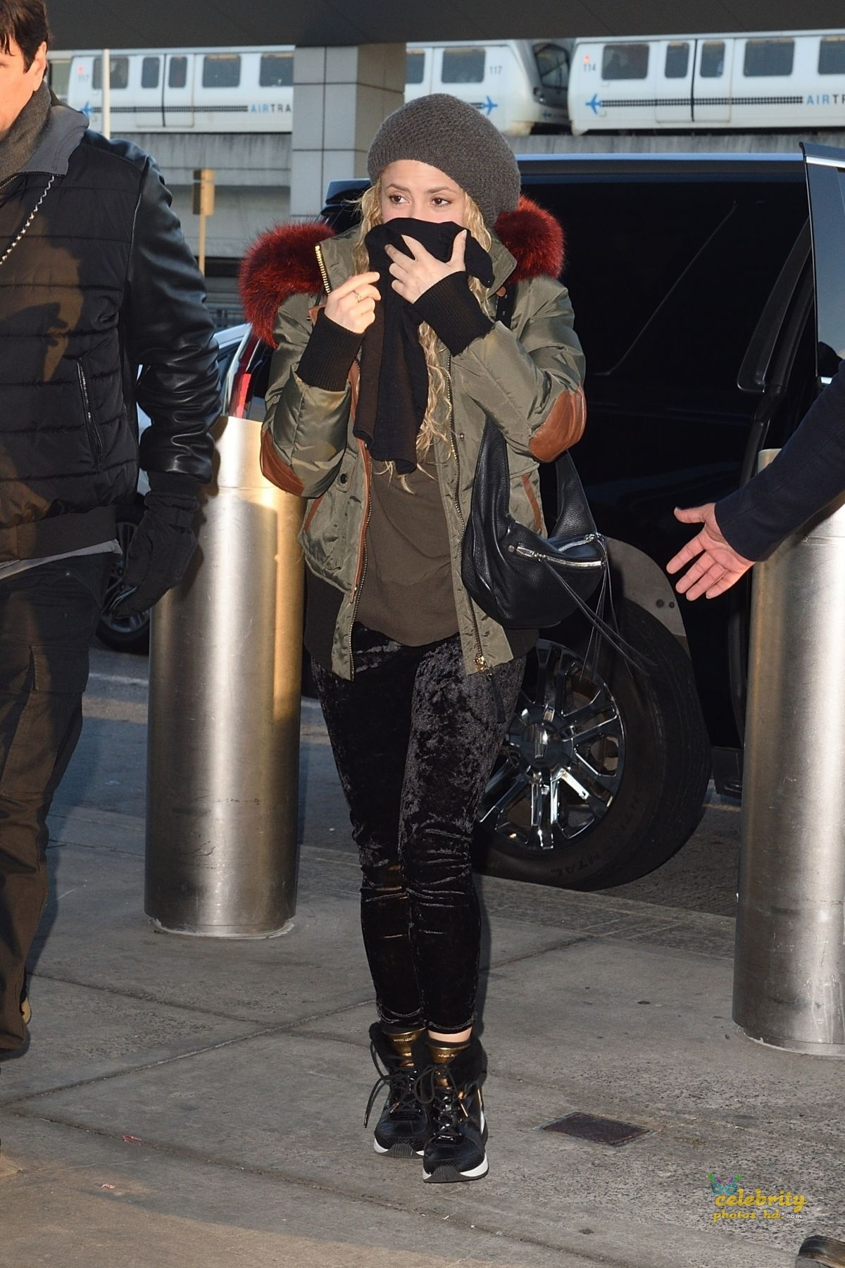 SHAKIRA at JFK Airport in New York (1)