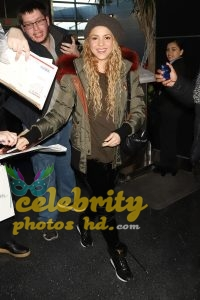 SHAKIRA at JFK Airport in New York (5)