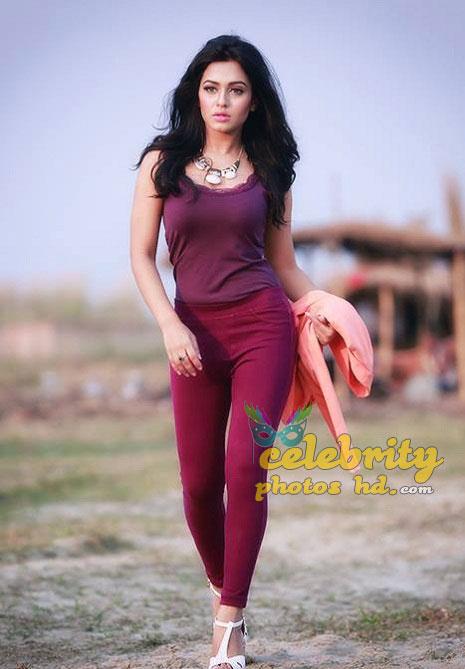 Nusrat Faria Latest hot photos (6)